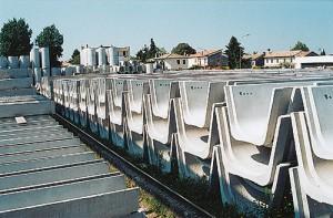 Canalette irrigazione in cemento - Pref.ti Lucchese srl