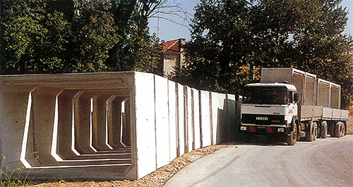Trasporto Scatolari - Pref.ti Lucchese srl
